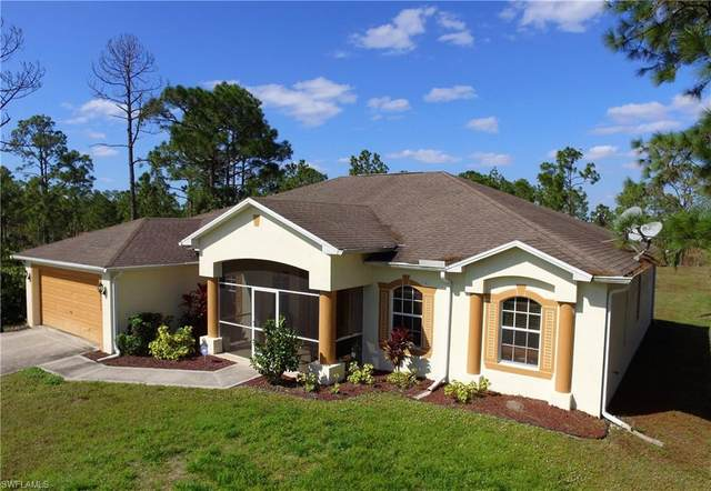 3735 64th Ave NE, NAPLES, FL 34120 (#219075853) :: The Dellatorè Real Estate Group