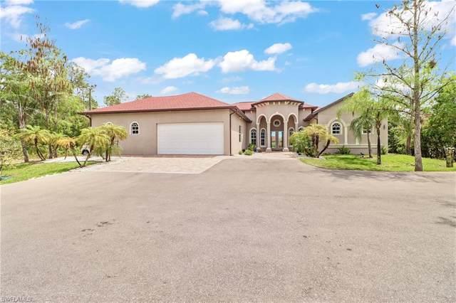 1460 39th St SW, NAPLES, FL 34117 (MLS #220060305) :: Clausen Properties, Inc.