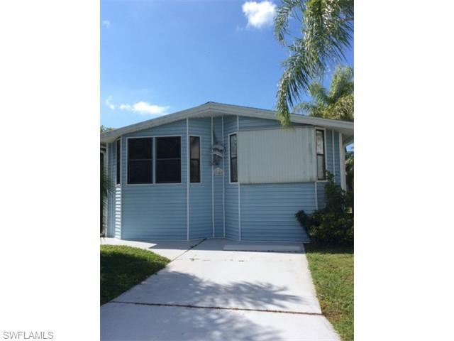 20440 Carriage Ct, ESTERO, FL 33928 (#215062756) :: Homes and Land Brokers, Inc