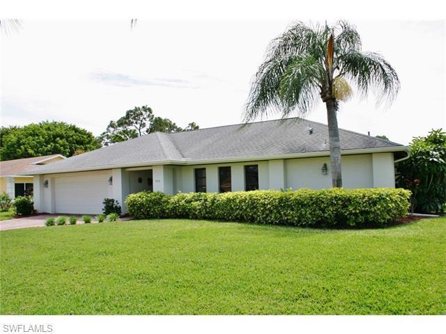 9851 Treasure Cay Ln, BONITA SPRINGS, FL 34135 (MLS #216021023) :: The New Home Spot, Inc.