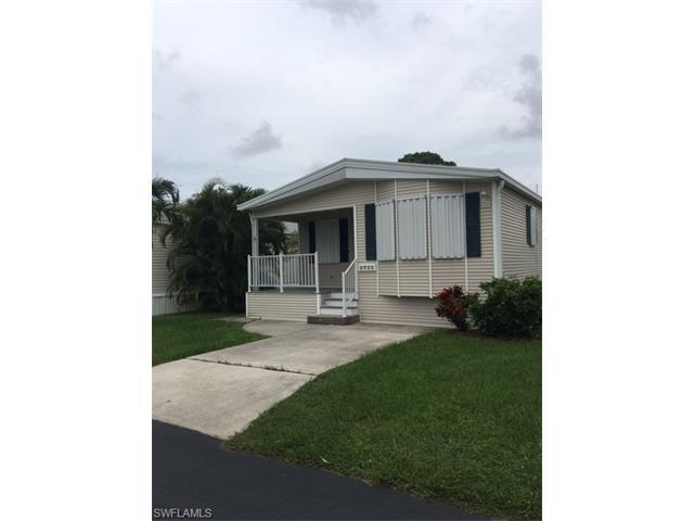 4721 Robert E Lee Blvd W, ESTERO, FL 33928 (#216051470) :: Homes and Land Brokers, Inc