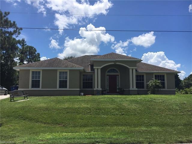 1426 Graham Cir, LEHIGH ACRES, FL 33936 (MLS #216056988) :: The New Home Spot, Inc.