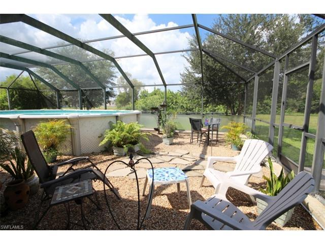 208 NW 4th Ave, CAPE CORAL, FL 33993 (#216058799) :: Homes and Land Brokers, Inc