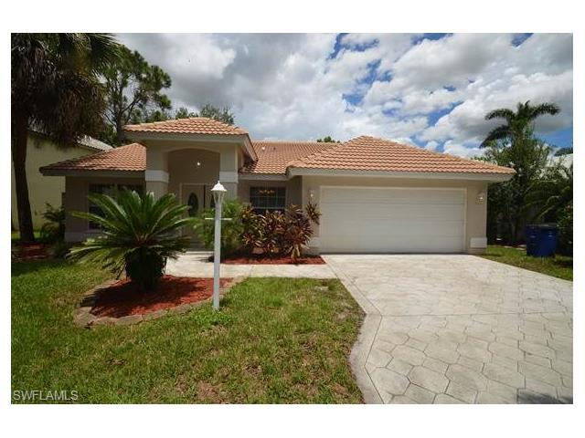 12371 Eagle Pointe Cir, FORT MYERS, FL 33913 (MLS #216059384) :: The New Home Spot, Inc.