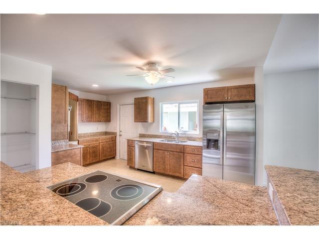 180 Pine Key Ln, NAPLES, FL 34114 (MLS #216059837) :: The New Home Spot, Inc.