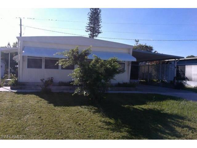 26276 Princess Ln, BONITA SPRINGS, FL 34135 (MLS #216060093) :: The New Home Spot, Inc.