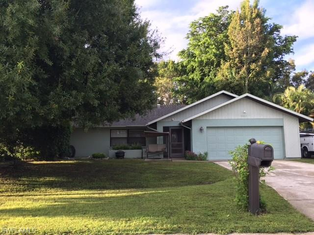 17233 Capri Dr, FORT MYERS, FL 33967 (MLS #216062652) :: The New Home Spot, Inc.