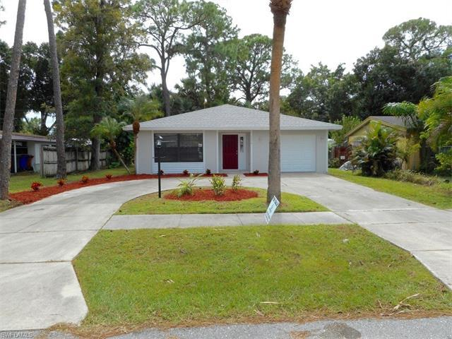 1820 Collier Ave, FORT MYERS, FL 33901 (#216064233) :: Homes and Land Brokers, Inc