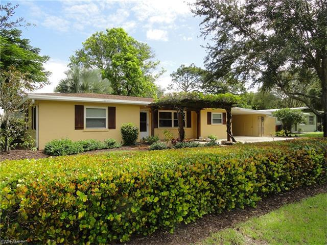 3041 Nelson St, FORT MYERS, FL 33901 (MLS #216064266) :: The New Home Spot, Inc.