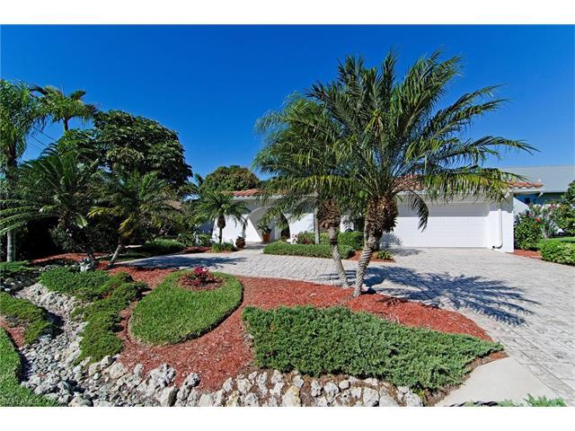 243 6th St W, BONITA SPRINGS, FL 34134 (MLS #216080910) :: The New Home Spot, Inc.