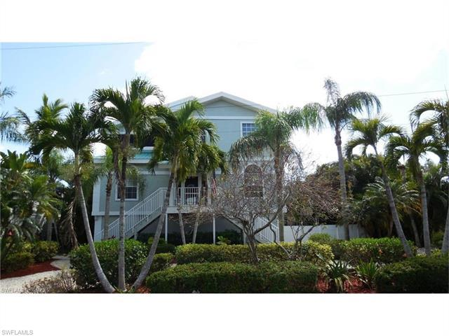 54 Fairview Blvd, FORT MYERS BEACH, FL 33931 (#217008983) :: Homes and Land Brokers, Inc