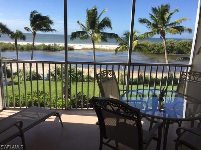 7930 Estero Blvd #203, FORT MYERS BEACH, FL 33931 (MLS #217019747) :: The New Home Spot, Inc.