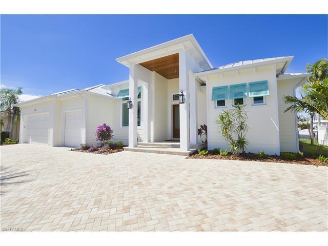 2101 Magdalina Dr, PUNTA GORDA, FL 33950 (MLS #217019761) :: The New Home Spot, Inc.