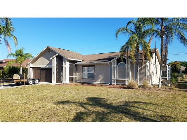 9806 Country Oaks Dr, FORT MYERS, FL 33967 (#217027341) :: Homes and Land Brokers, Inc
