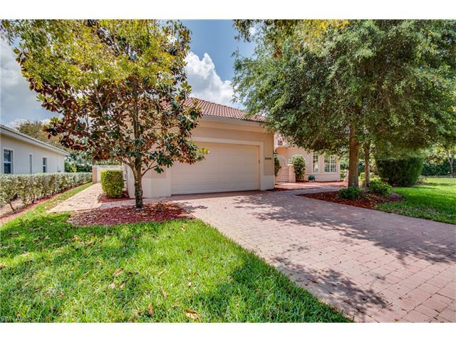 10109 Avonleigh Dr, BONITA SPRINGS, FL 34135 (MLS #217030040) :: The New Home Spot, Inc.