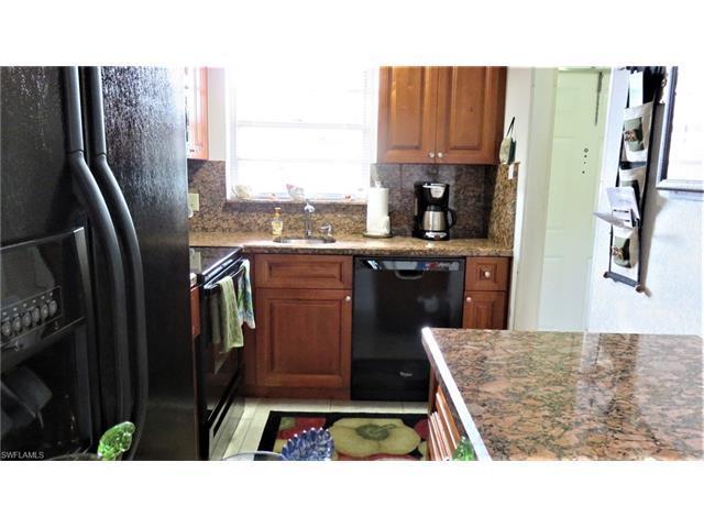 190 Turtle Lake Ct, NAPLES, FL 34105 (MLS #217032686) :: The New Home Spot, Inc.