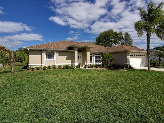 22625 Island Lakes Dr, ESTERO, FL 33928 (MLS #217034988) :: The New Home Spot, Inc.