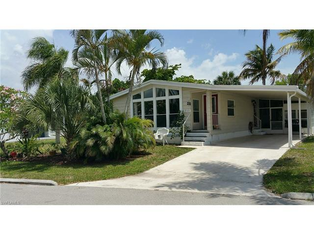 4808 Tahiti Dr, BONITA SPRINGS, FL 34134 (MLS #217036561) :: The New Home Spot, Inc.