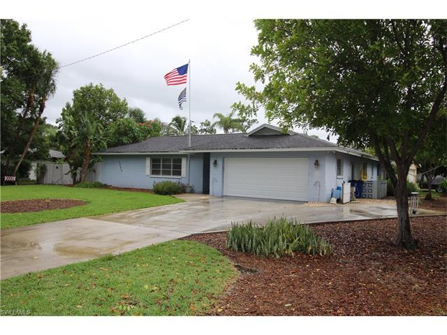 2254 Woodland Blvd, FORT MYERS, FL 33907 (MLS #217038544) :: The New Home Spot, Inc.