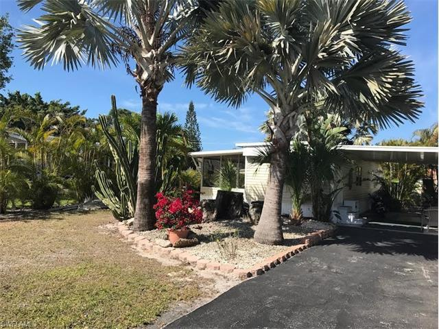 27406 Bourbonniere Dr, BONITA SPRINGS, FL 34135 (MLS #217038607) :: The New Home Spot, Inc.