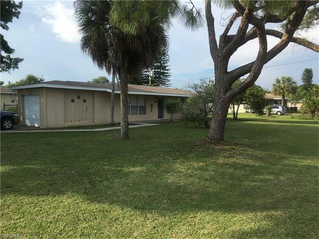 7491 San Carlos Blvd, FORT MYERS, FL 33967 (MLS #217040763) :: The New Home Spot, Inc.