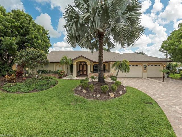 9900 White Sands Pl, BONITA SPRINGS, FL 34135 (#217043396) :: Homes and Land Brokers, Inc