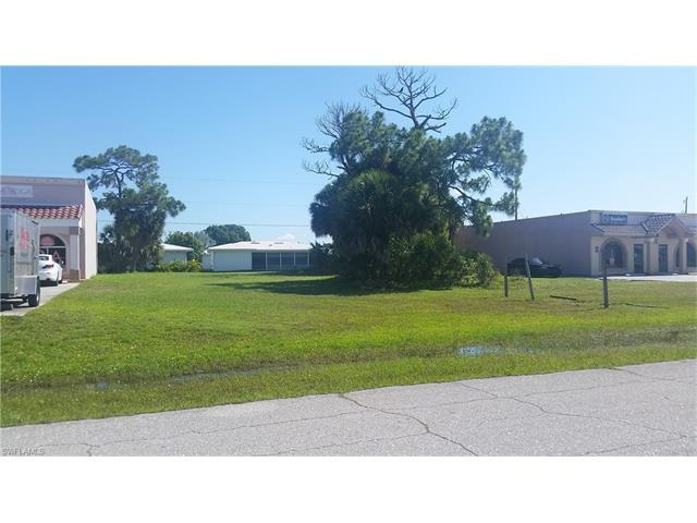 13085 Tamiami Trl, NORTH PORT, FL 34287 (#217044549) :: Homes and Land Brokers, Inc