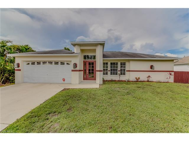 8418 Wren Rd, FORT MYERS, FL 33967 (#217046434) :: Homes and Land Brokers, Inc