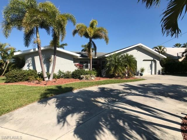 1101 SE 32nd Ter, CAPE CORAL, FL 33904 (MLS #218020170) :: Florida Homestar Team