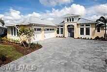 5715 Clarendon Dr, NAPLES, FL 34113 (MLS #218070881) :: The New Home Spot, Inc.