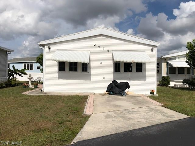 4690 Lafayette Ln W, ESTERO, FL 33928 (MLS #218074793) :: RE/MAX DREAM