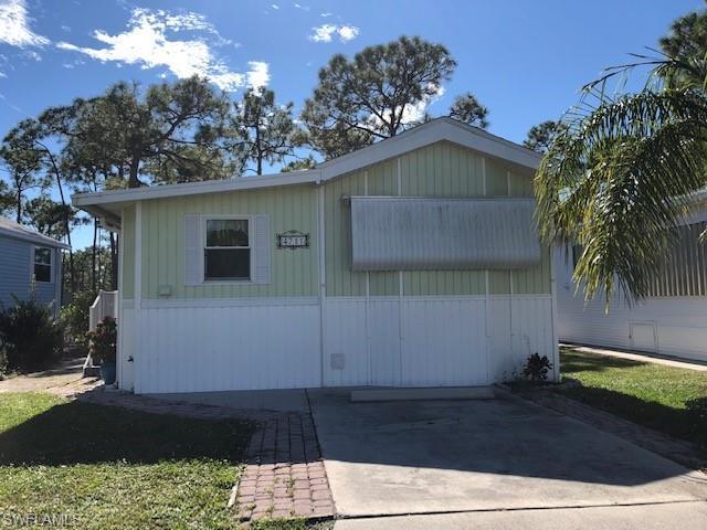 4711 Jefferson Davis Blvd W, ESTERO, FL 33928 (MLS #218081624) :: Clausen Properties, Inc.