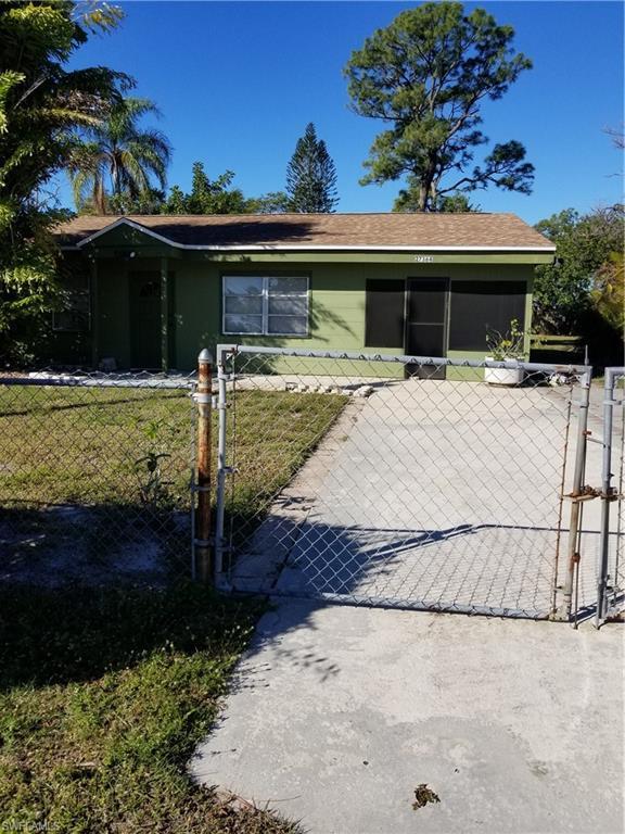 27364 Pullen Ave, BONITA SPRINGS, FL 34135 (MLS #219007205) :: Clausen Properties, Inc.