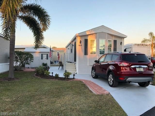 4710 Bayberry Way W, ESTERO, FL 33928 (MLS #219008237) :: Clausen Properties, Inc.