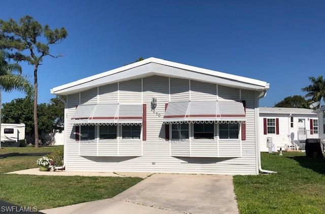4620 Liberty Ln E, ESTERO, FL 33928 (MLS #219017946) :: Palm Paradise Real Estate
