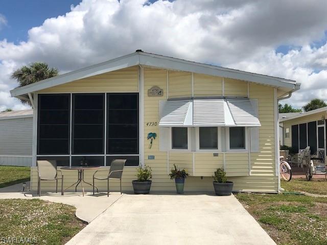 4730 Sawmill Dr W, ESTERO, FL 33928 (MLS #219032074) :: Palm Paradise Real Estate