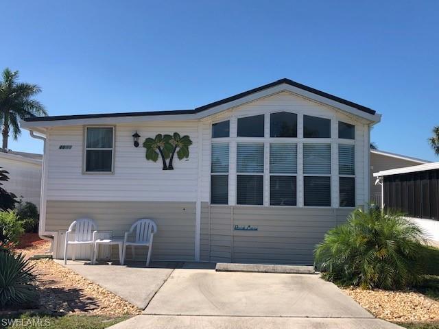4611 Washington Way E, ESTERO, FL 33928 (MLS #219032076) :: Palm Paradise Real Estate