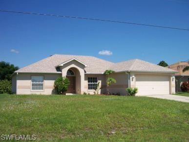 3912 9th St W, LEHIGH ACRES, FL 33971 (MLS #219037140) :: Kris Asquith's Diamond Coastal Group