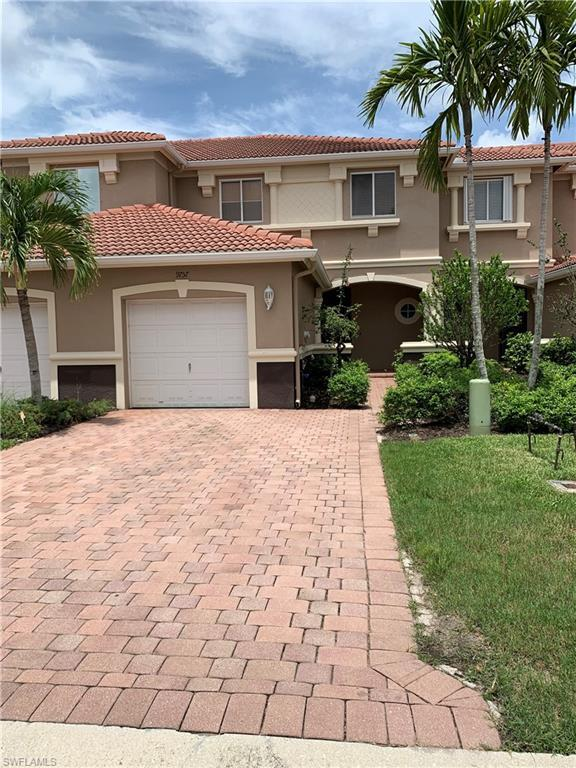 9757 Roundstone Cir, FORT MYERS, FL 33967 (MLS #219047375) :: The Naples Beach And Homes Team/MVP Realty