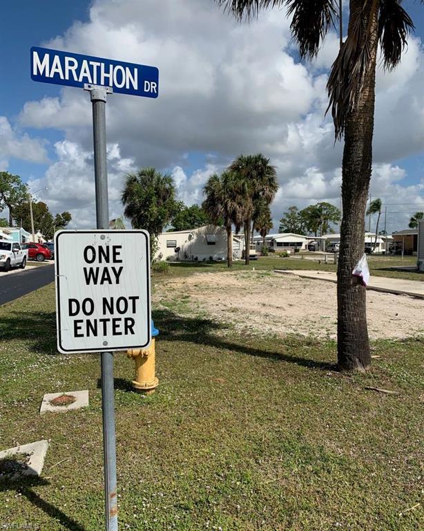 11901 Marathon Dr, BONITA SPRINGS, FL 34135 (MLS #219052331) :: Clausen Properties, Inc.