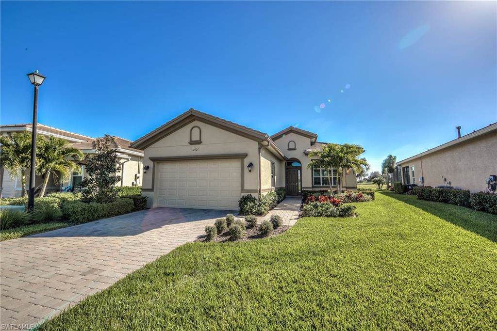 12727 Fairway Cove Ct - Photo 1