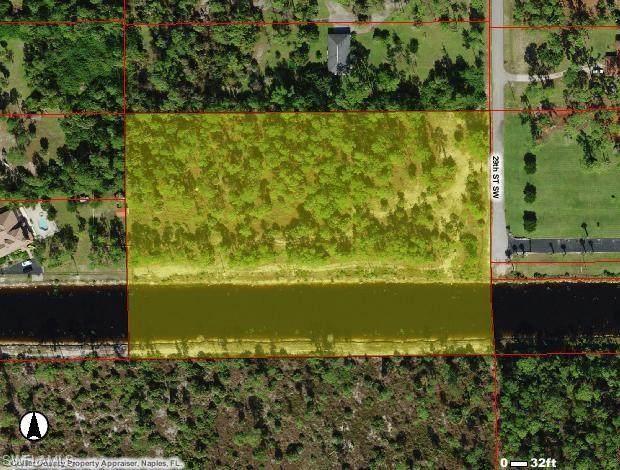 1580 29th St SW, NAPLES, FL 34117 (MLS #220048561) :: Clausen Properties, Inc.