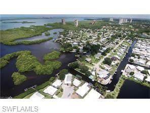 4676 Mai Kai Ln, BONITA SPRINGS, FL 34134 (#220067800) :: Vincent Napoleon Luxury Real Estate