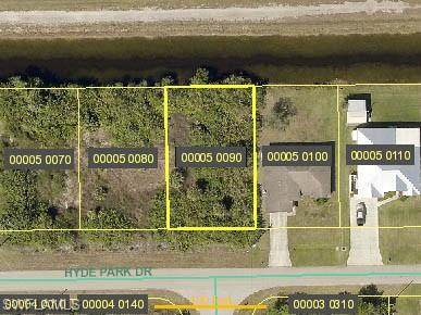 3842 Hyde Park Dr, FORT MYERS, FL 33905 (MLS #220071153) :: Kris Asquith's Diamond Coastal Group
