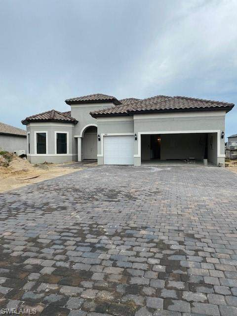 19020 Elston Way, ESTERO, FL 33928 (#221055166) :: The Dellatorè Real Estate Group