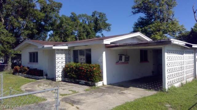 205 Manor Pky, FORT MYERS, FL 33916 (MLS #221055831) :: Florida Homestar Team