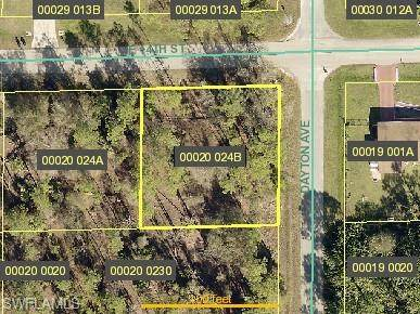 1606 E 14th St, LEHIGH ACRES, FL 33972 (MLS #221065717) :: Realty One Group Connections