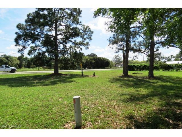 4 3rd St, BONITA SPRINGS, FL 34134 (MLS #215017765) :: The New Home Spot, Inc.