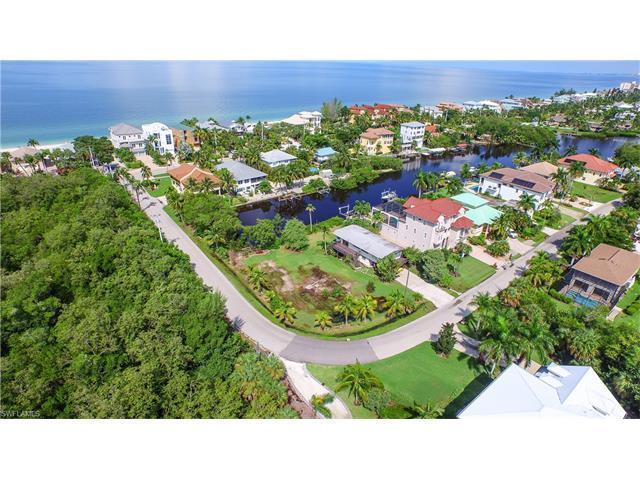 26997 Mclaughlin Blvd, BONITA SPRINGS, FL 34134 (MLS #215073606) :: The New Home Spot, Inc.