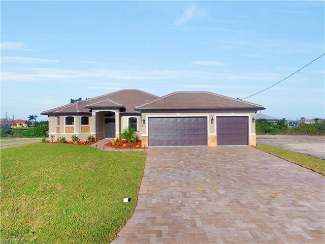 412 NW 32nd Pl, CAPE CORAL, FL 33993 (#216025435) :: Homes and Land Brokers, Inc